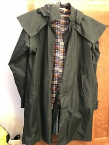 Ladies ..Cotton Traders XL Bottle/dark Green Rain Coat With Checked Lining