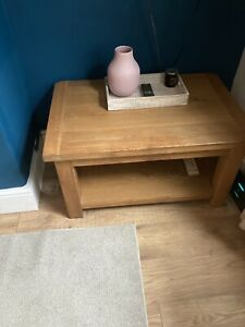 solid oak coffee table used 90x60