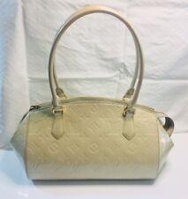 Authentic Louis Vuitton Vernis Blanc Patent Leather Sherwood PM Shoulder Handbag