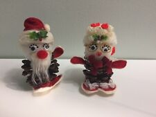 Vtg Unique Handmade (?) Christmas Santa Mr and Mrs Claus Pine cones People