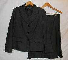 Kasper Suit 2 Piece Jacket Skirt Plaid Design Ladies Size 12 Petite