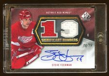 STEVE YZERMAN 2010 SP GAMEUSED AUTO #D 18/19 DUAL GAME JERSEY SIGNIFICANT NUMBER
