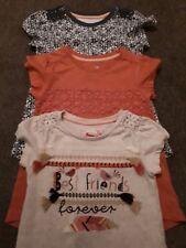 Niñas Edad 2-3 camisetas X 3 Tu