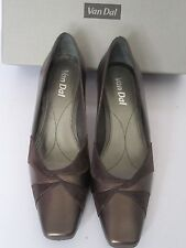 VAN DAL AMIENS LADIES BRONZE SLIP ON LEATHER SHOE SIZE 6.5 D KITTEN HEEL NEW