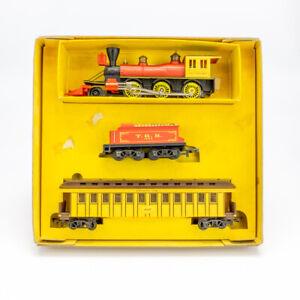 Tri-ang Railways R.641 Davy Crockett Locomotive & Tender - Boxed