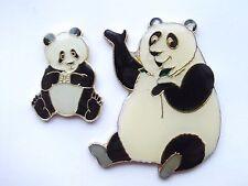 GIANT PANDA BEAR & CUB CHI CHI WWF ZOO ANIMALS NEW ENAMEL VINTAGE PIN BADGE SALE