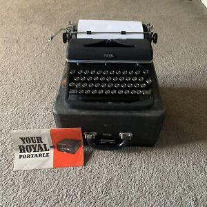 1940s Royal Aristocrat Portable Typewriter Magic Margin w/Case Manual Works