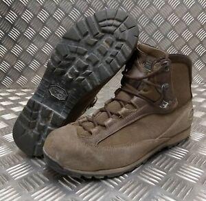Genuine British Army Issue AKU Goretex Lined GTX Combat Boots Vibram Soles G3
