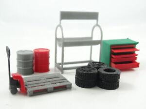 Diorama Parts Car Service Tools Garage Equipment Storage Furniture in Scale 1:43