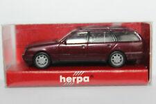 Mercedes Benz E Klasse T Modell   S210 Herpa 1:87  dunkelrotmetallic