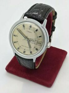 NEW From OLD STOCK Timex big size Men's Manual Wind Day Date Watch Leather Band