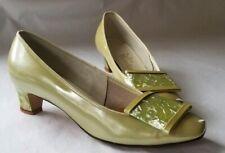 Vintage Women's Shoes Miss Wonderful Patent Pumps Pale Green Pearlescent 60's