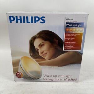 Philips SmartSleep Wake-up Light HF3520/60 New In Box