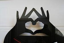CUORE dalle mani Orologio da parete design, in plexiglass nero [j-5]