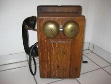 Altes Wandtelefon aus den USA/Canada