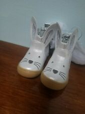 Target baby Girl Mini Boots, size 4, Cat and Jack