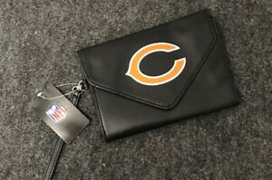 NFL Ladies Wristlet/Wallet Chicago Bears Black With Logo on flap Great Gift! H07
