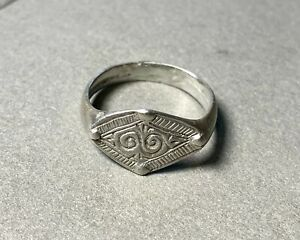 Ancient silver ring, 13-14 century, beautiful, authentic, found in the ground