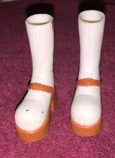 Mga - Bratz Dolls - White & Brown Funky Platform Boots