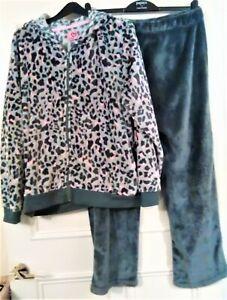 Women's Ladies Fluffy Fleece hood Pyjamas Size UK L 16/18