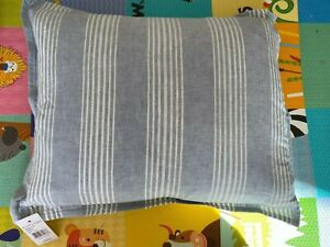 Ralph Lauren Oakview Decorative Pillow, 15 x 20 White Blue MSRP $100