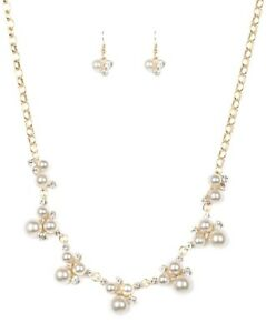 """Paparazzi """"Toast To Perfection"""" Gold Necklace and Earrings"""