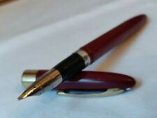 Vintage Sheaffer snorkel fountain pen c.1960. Gold Trim and Silver nib.