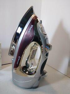 Shark Retractor Max Steam Iron I Max model # G1477R Great Condition