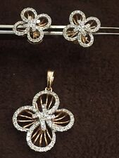 1.60 Cts Round Brilliant Cut Pave Diamonds Pendant Earrings Set In Fine 14K Gold