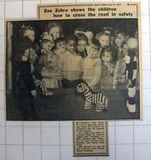 1953 Drayton Park North Infants School Children Zoe The Zebra And Billy Beacon