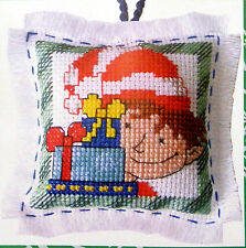 Elf & Gifts Christmas decoration - Semco easy-to-do counted cross-stitch kit