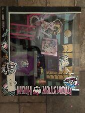Monster High Art Class Studio Playset Classroom School Furniture Mattel NIB 2013