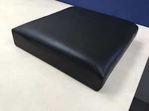 NEW GENUINE LAND ROVER SERIES 2 3 II III OUTER SEAT SQUAB BACK BLACK MUC1520