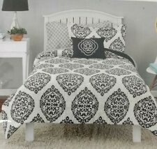DORM Twin/Twin XL 6 Piece Coordinated Bedding Set Mainstays Damask Global Black