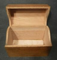 Vintage Brown Wooden Box For Recipe or Index Cards Flip Top Lid Finger Joints