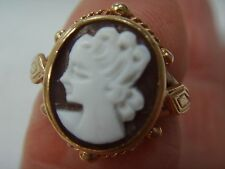 Cameo Yellow Gold Precious Metal Rings without Stones