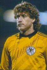"Harald "" Toni "" Schumacher original signiertes Foto 10 x 15 cm"