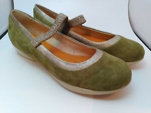 You By Crocs Shoes Green Suede Mary Jane Style VGC Women's US 8.5 EU 39
