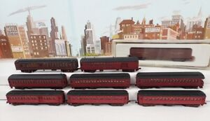 Lot Of 8 Older N Scale Kato & Bachmann LV Heavyweight Passenger Cars & RE Boxcar