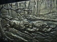 Wandbild Bronze Relief , bei der Jagd Wildschweine Keiler - unleserlich signiert
