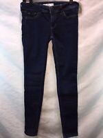 Hollister Super Skinny Jeans Size 24 x 31. E17