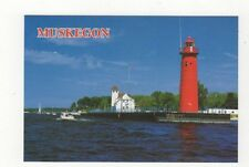 Muskegon Michigan Lighthouse Postcard USA 408a ^