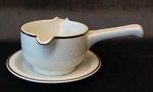 MIDCENTURY MODERN ROYAL DOULTON TING GRAVY BOAT AND UNDERPLATE EXCELLENT