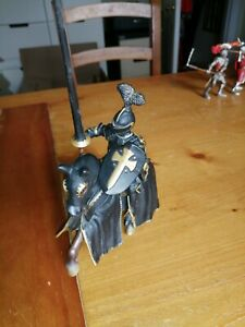 Schleich Knights. Black Knight Jousting