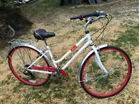 Schwinn Admiral 7 Speed Girls 21IN Bicycle White Red Lightly Used