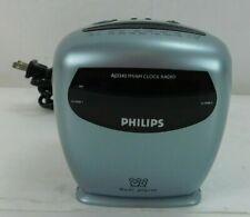 Phillips FM/AM Clock Radio Model AJ3242 Electric or Battery Dual Alarm