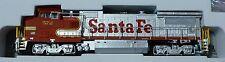 Atlas N #40000490 GE Dash 8-40BW w/Gull Wing Cab Roof -  DC - Santa Fe Road #572