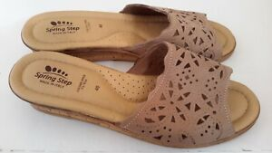 Spring Step Womens Size 40  Sandals Beige Laser Cut Leather Wedge Made In Italy