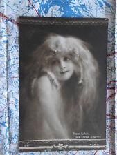 Paris Salon Lisette Portrait Gemälde Kunstwerk Postkarte Ansichtskarte 3032