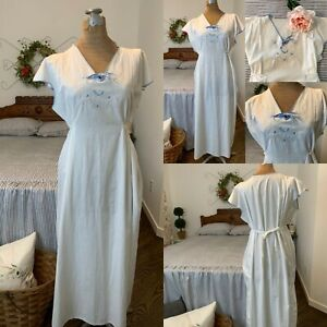 Vintage 1920's White Linen Nightgown w/ Blue Floral Embroidery-Cutwork & Piping